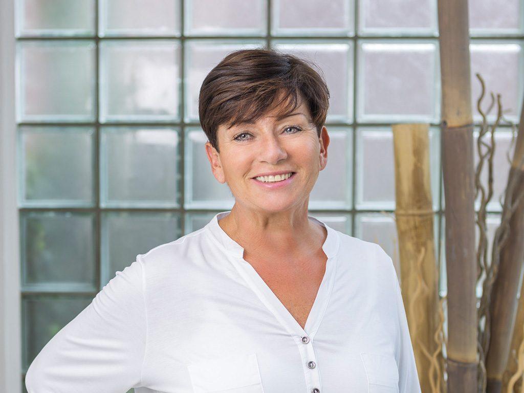 Dr. Petra Günther